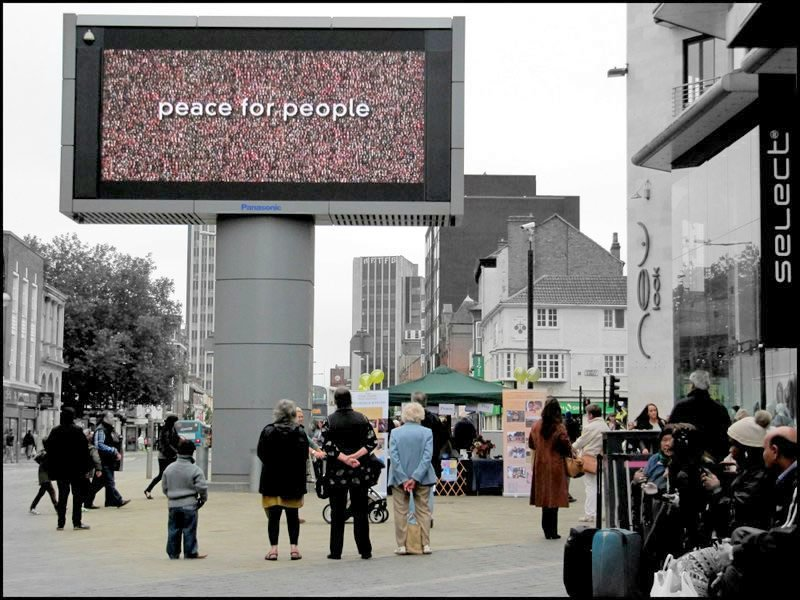 "Peace Day ""Message of Peace"" Plays on Big Screen in Leicester, UK"