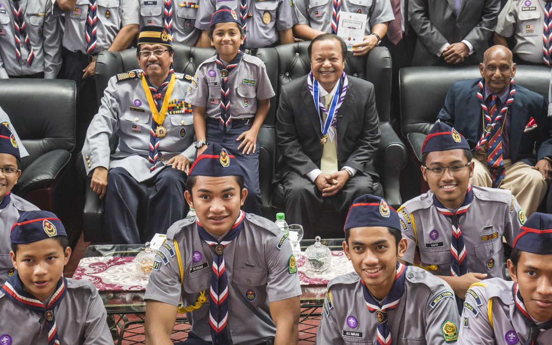 "Prem Rawat Addresses Young ""Messengers of Peace"" in Malaysia"