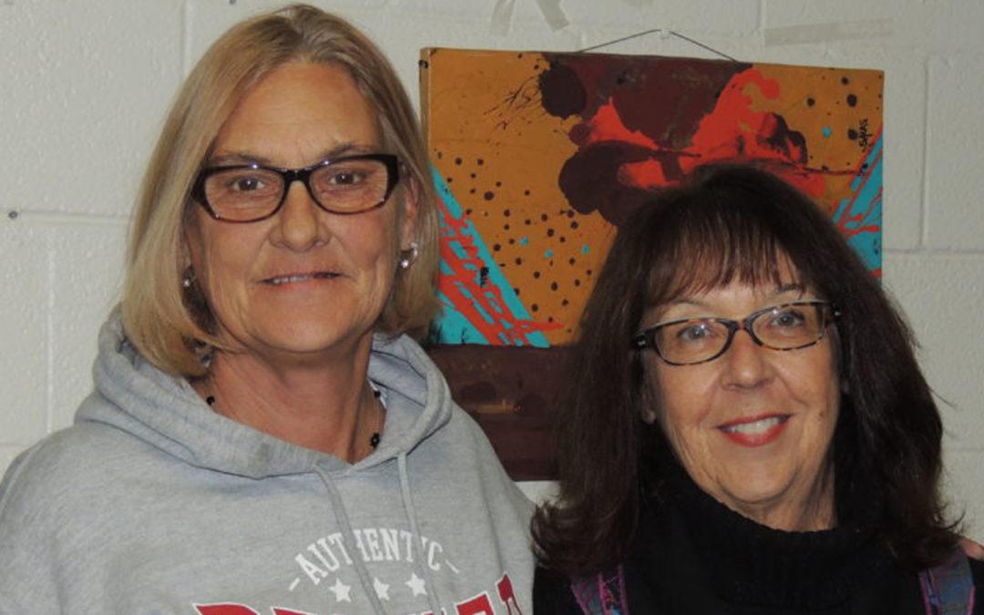 Effetto domino: l'educazione alla pace per donne senza fissa dimora e transessuali in Colorado
