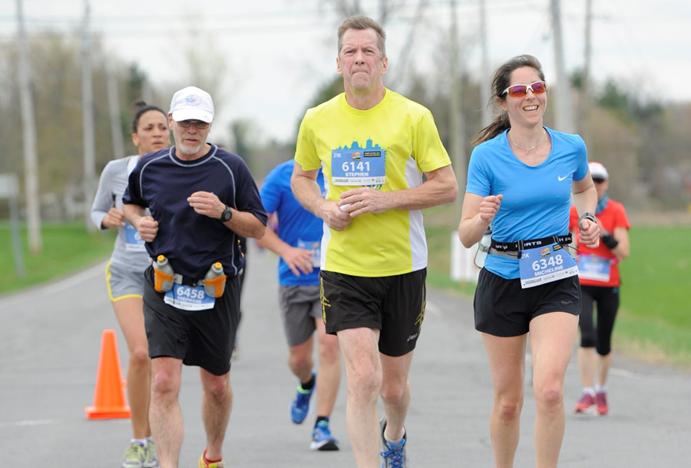 Comment Stephen de Lorimier fait bouger leschoses encourant des marathons
