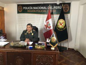 Cuzco, Pérou éducation pour la paix le police