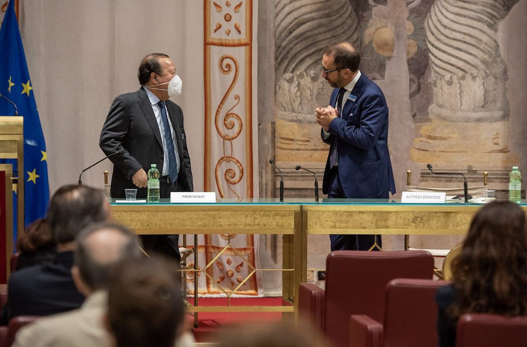 Prem Rawat Meets with Italian Officials to Consider Peace Education Program in Correctional Facilities