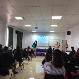 Studierende der Universität in Laguna nehmen am Friedens-Bildungs-Programm teil